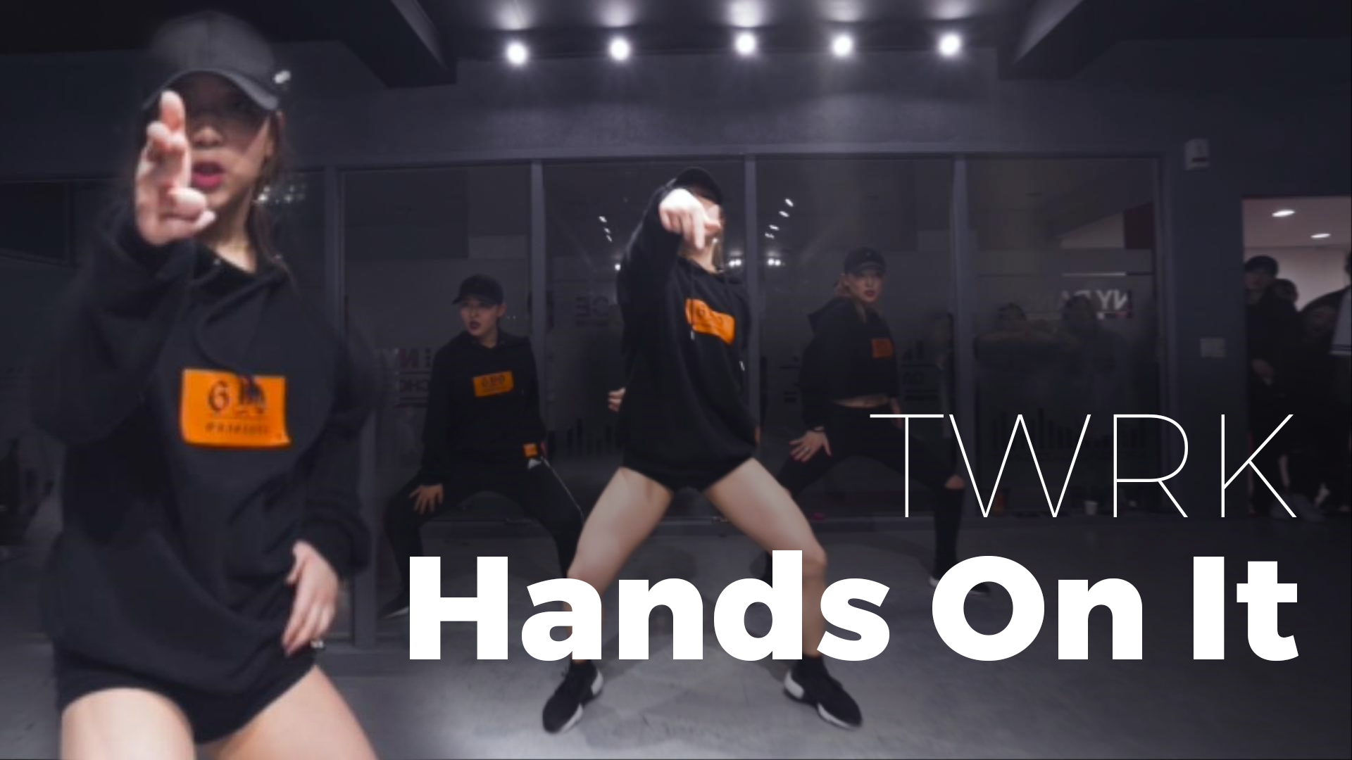 TWRK – Hands On It (choreography_Amy)
